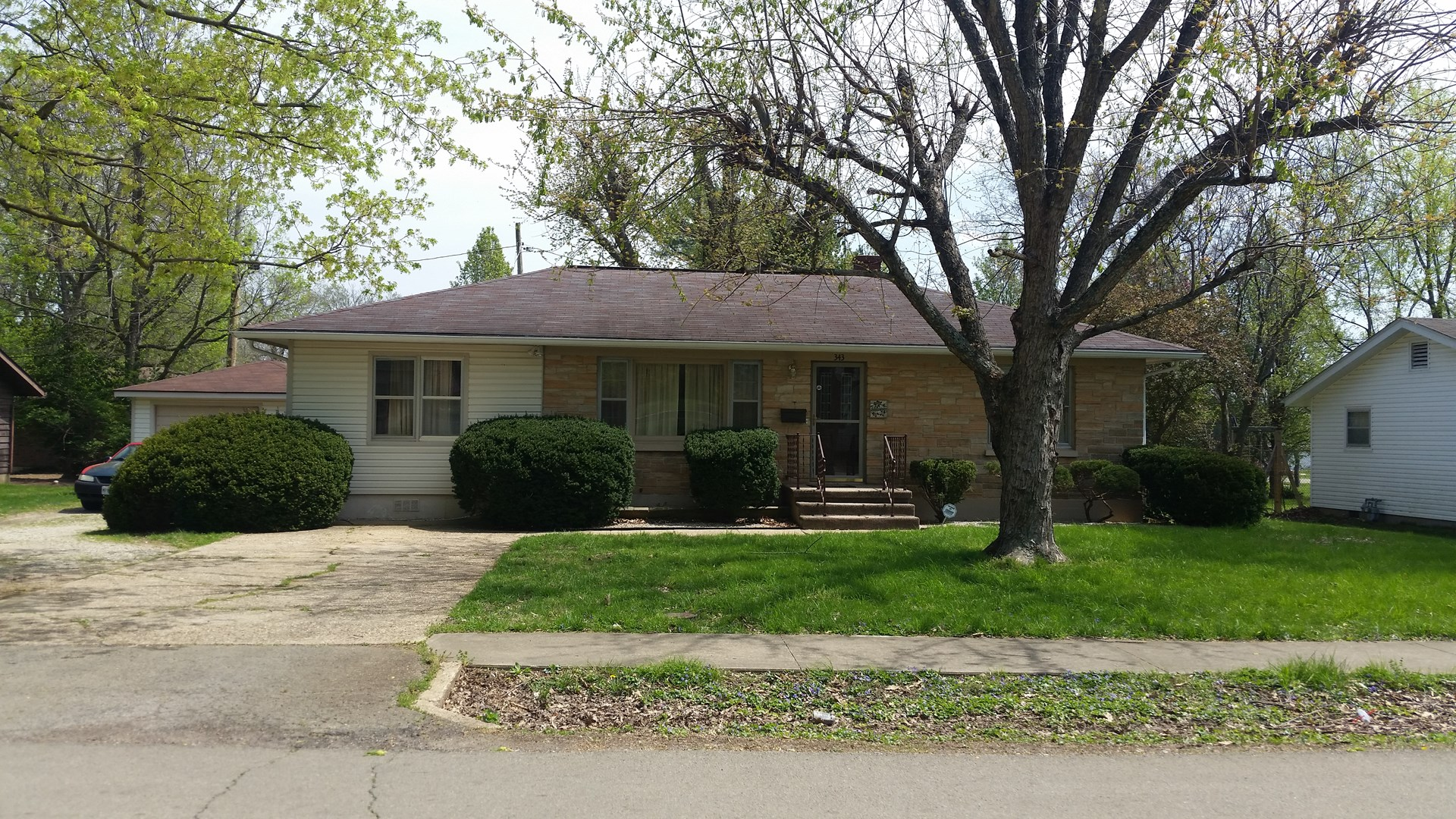 For sale: Nice 2 bedroom 1 bath home in town