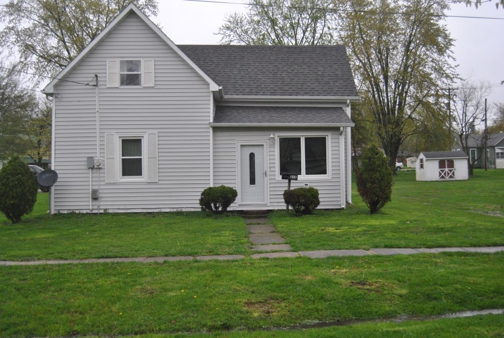4 Bedroom, 1.5 Bath Home, Marshall, IL