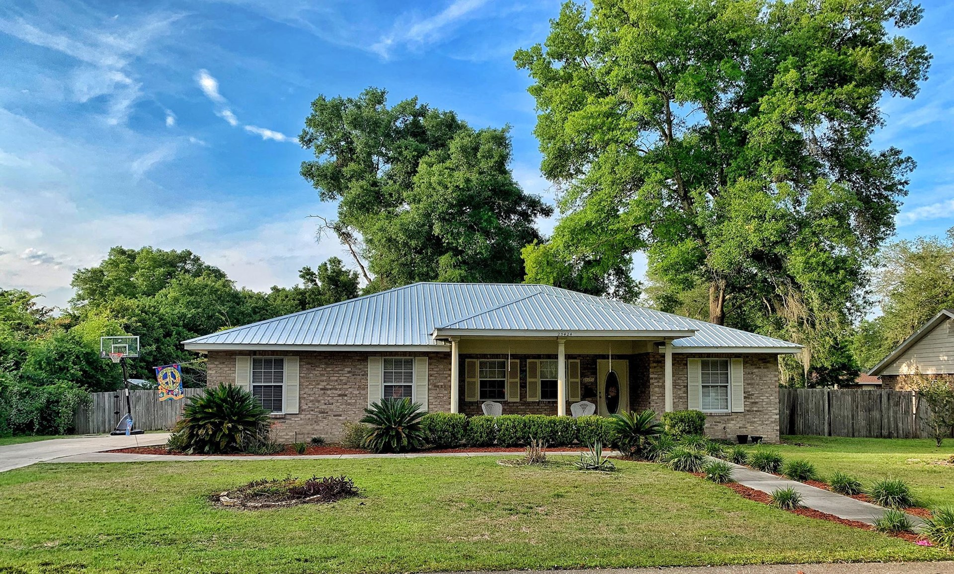 GREAT HOME IN COUNTRY WAY S/D- Newberry, Florida