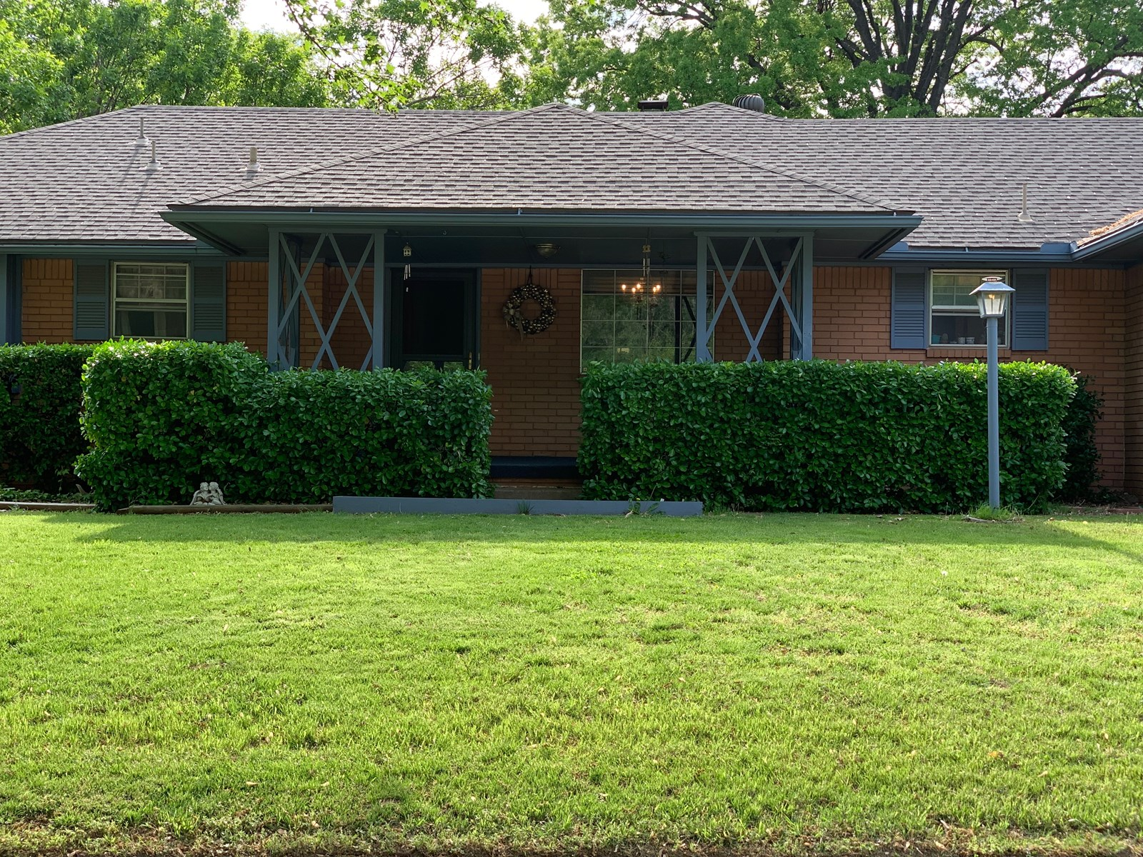 PONCA CITY HOME FOR SALE, CLOSE TO PONCA CITY COUNTRY CLUB