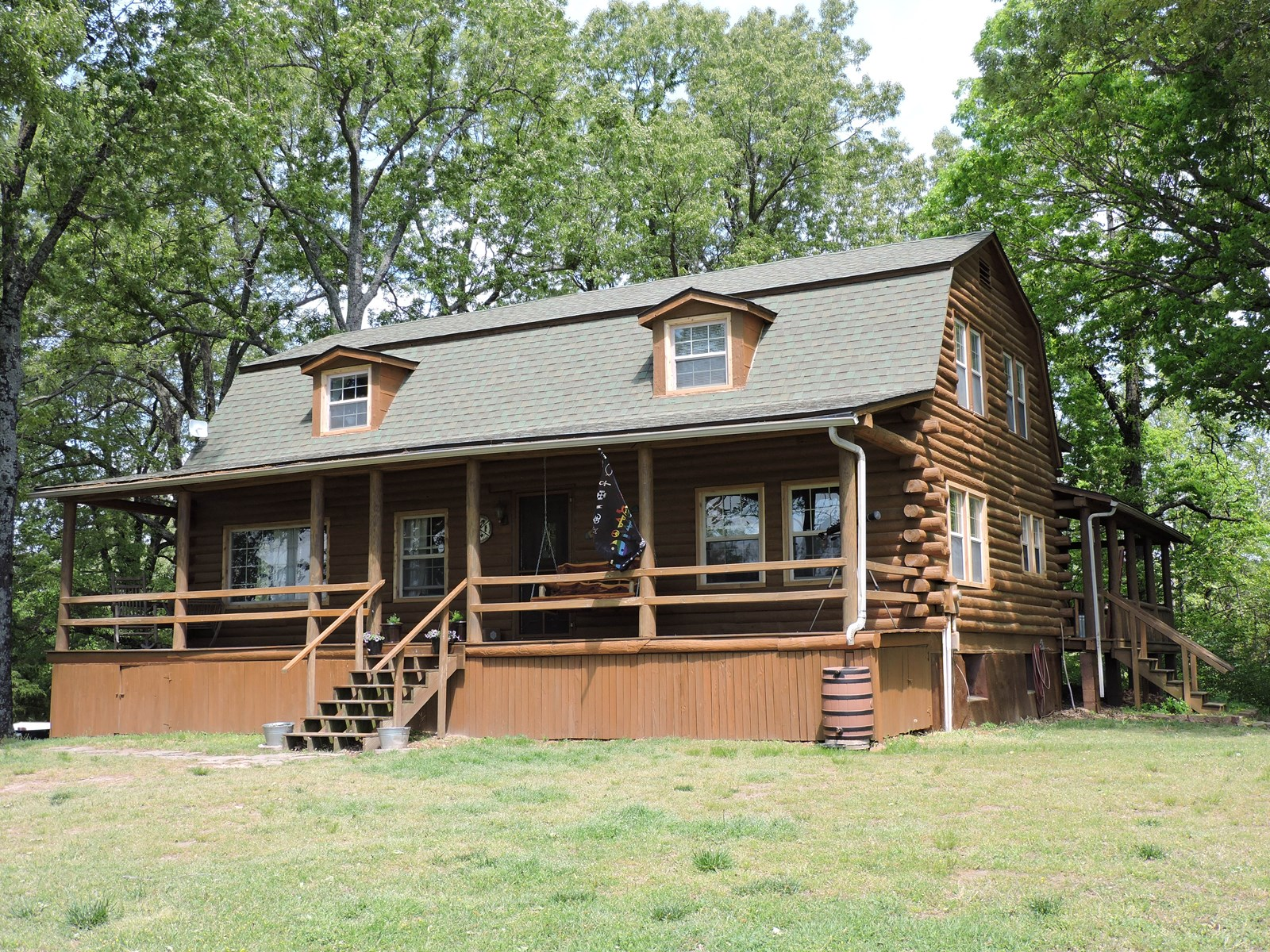 Mountain Property Log Home with Acreage near Buffalo River