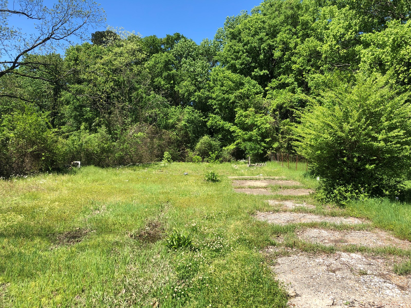 Vacant Lot, All Utilities on site, Arkadelphia City Lot