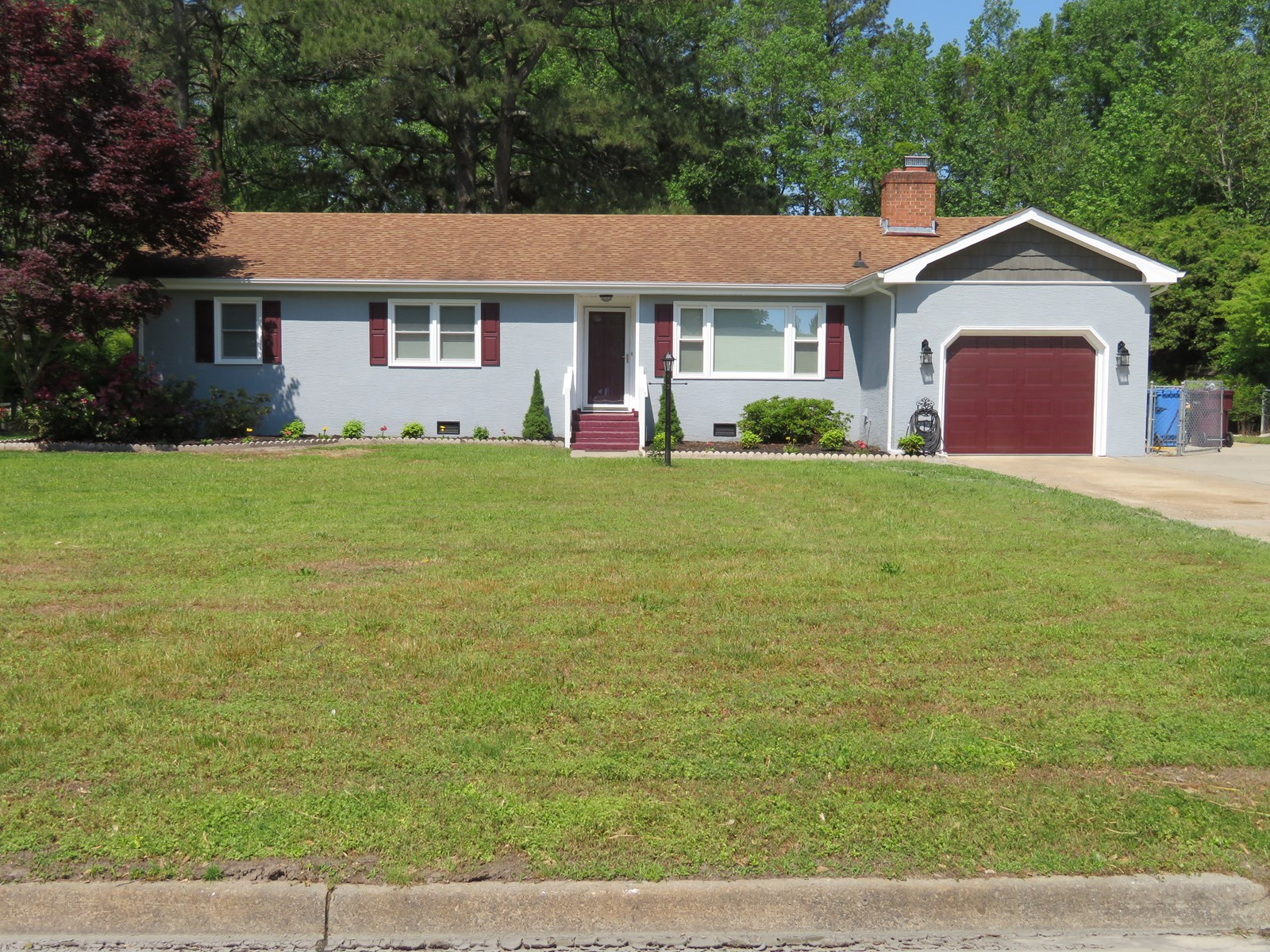 Chesapeake Home For Sale, Rural area with large lot!