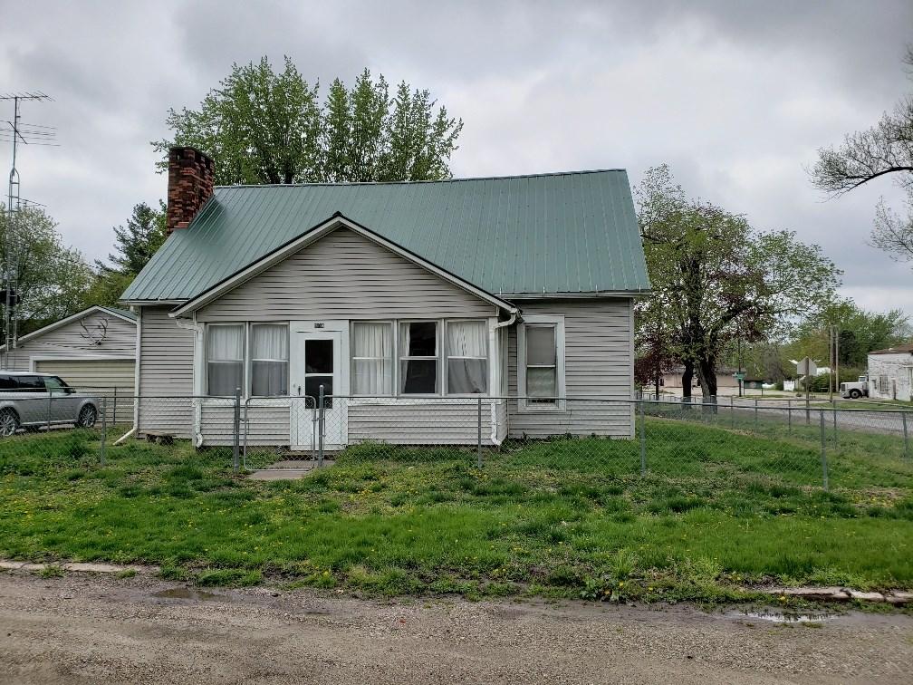 Nice 4-Bedroom Home in Farmington, Iowa