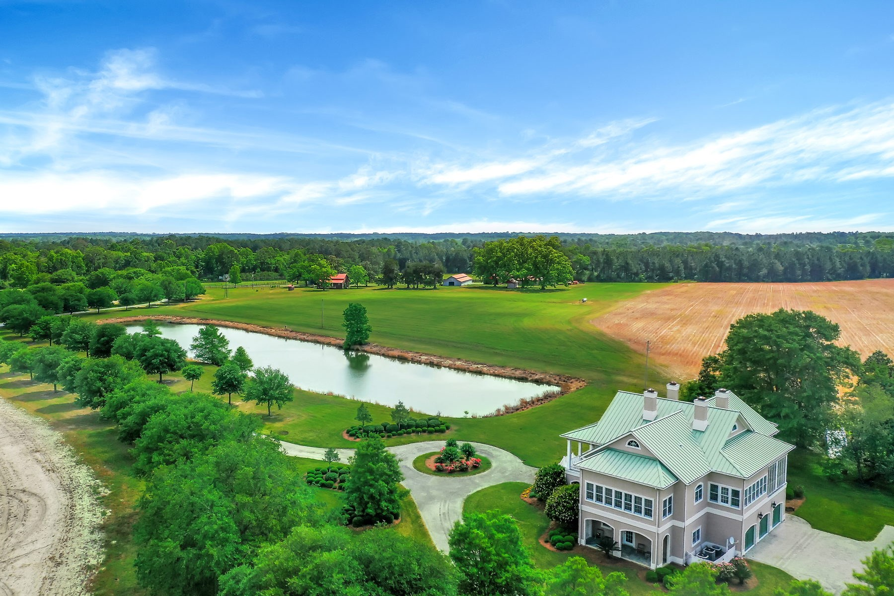 South Georgia Ranch & Equestrian Property with Luxury Home