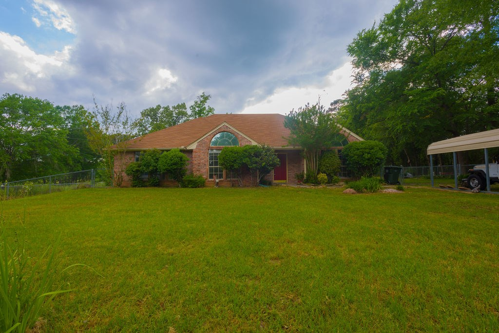 Country Home For Sale Sabine ISD 1.24 Acres with Shop