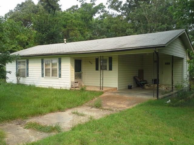 Salem, Arkansas Home in Town