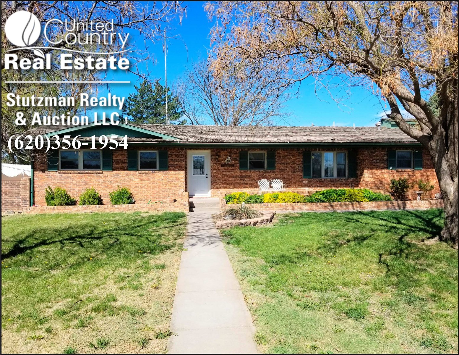 BEAUTIFUL FOUR BEDROOM HOME FOR SALE IN ULYSSES, KANSAS