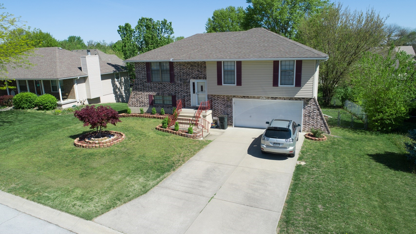 Lovely Home For Sale, Claymont Subdivision, Warrensburg Mo