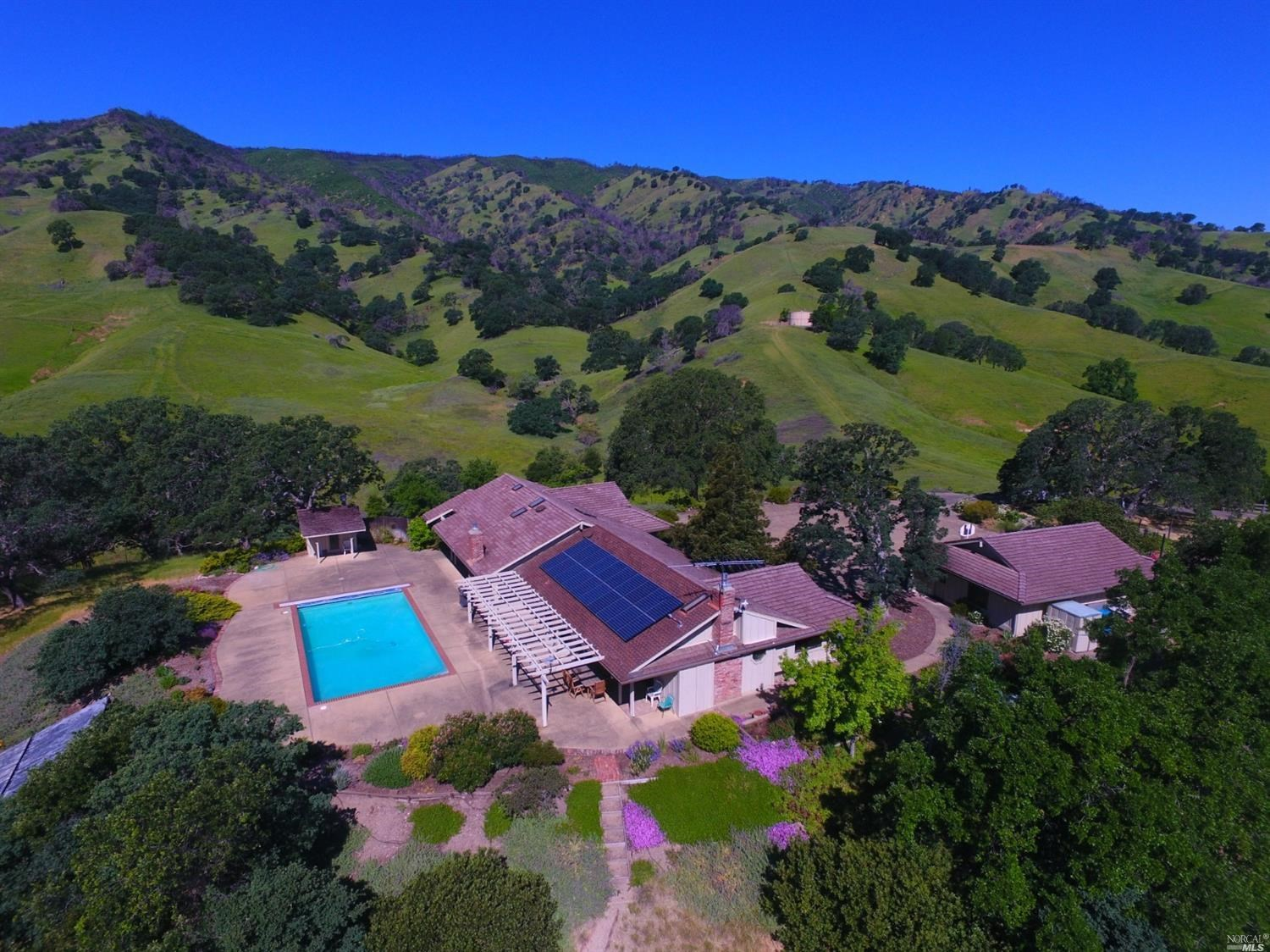 Northern California Country Home on 41 Acres For Sale