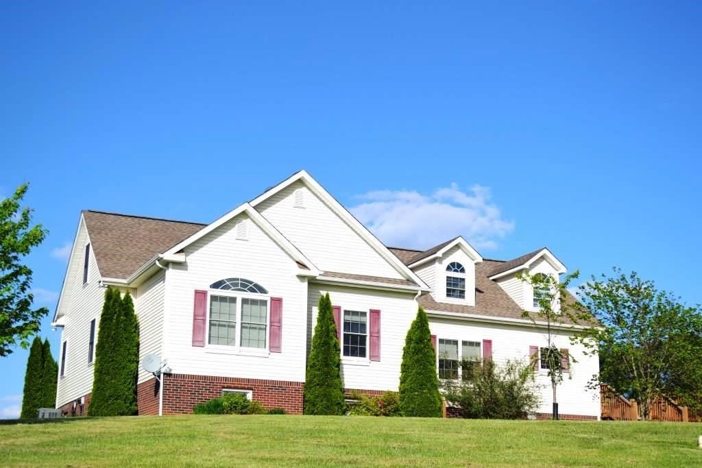5 Bedroom 4 Bath Home in Wythe County, VA