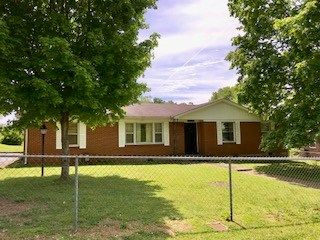 All Brick 3 Bedroom/2 Bath, Maury County, Tennessee