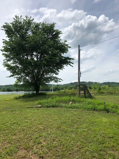 Tennessee River Front Lot for Sale Perry County, TN