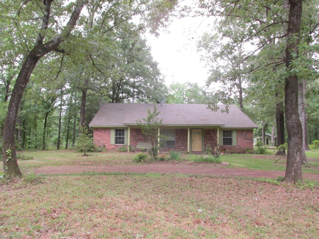 HOUSE, COTTAGE, AND  ACREAGE FOR SALE IN EAST TEXAS