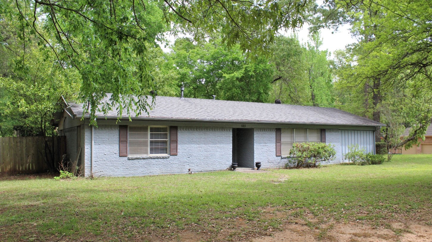 HOME FOR SALE PALESTINE TX | INVESTMENT PROPERTY EAST TX