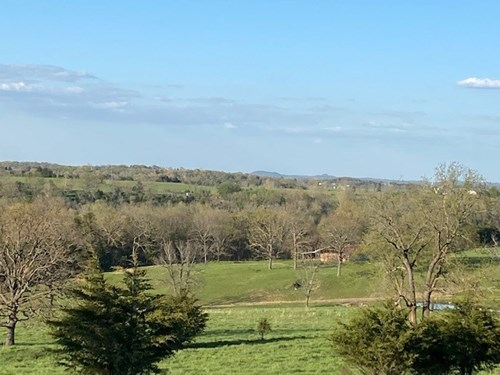 RIVER LAND MINI FARM FOR SALE IN EUREKA SPRINGS, AR