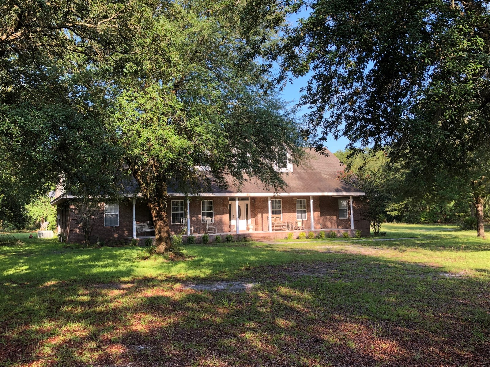 Florida Hunting Property with Brick Home