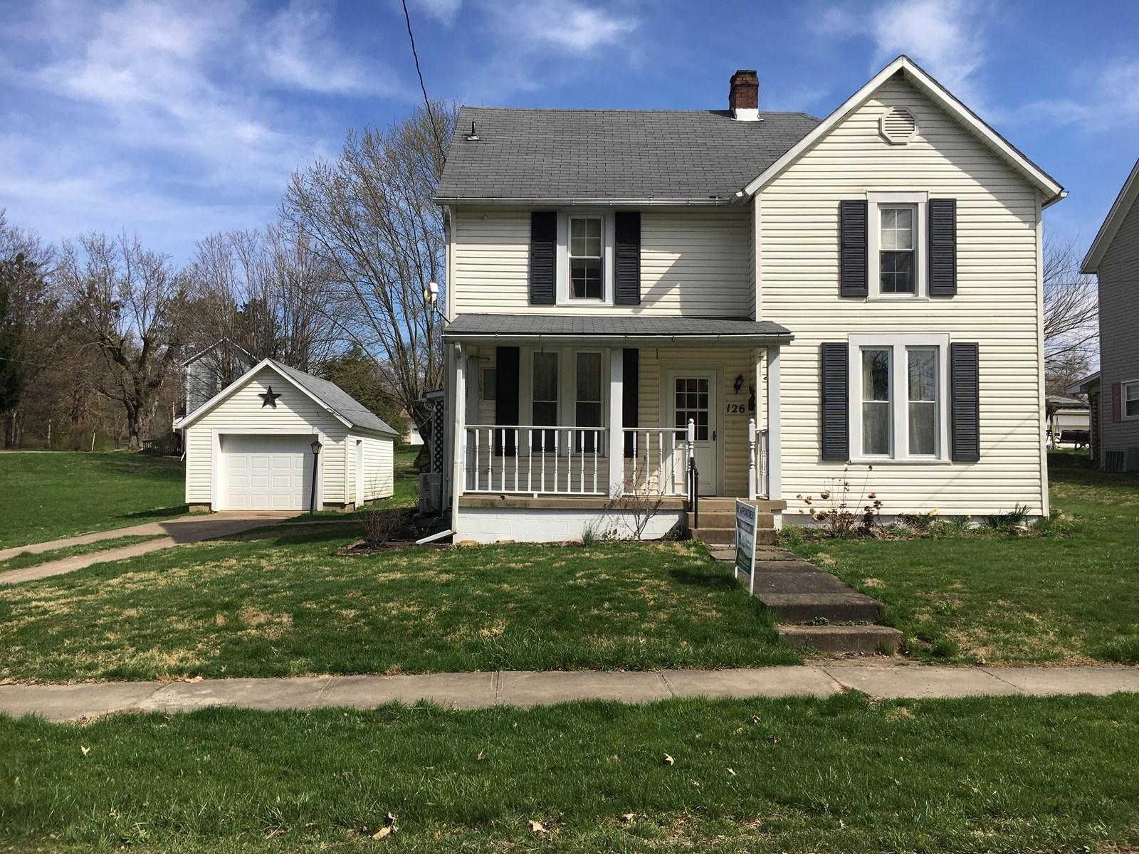 Woodsfield OH Two Story home, garage, large yard