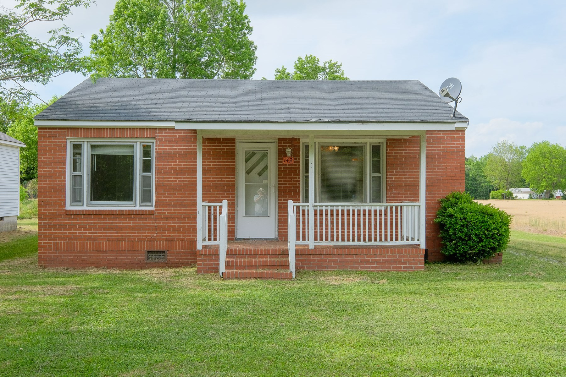 AUCTION-142 MEXICO RD EDENTON, NC-2 BEDROOM 1 BATH HOME