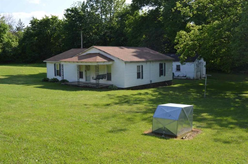 Country Home out of City Limits - Fixer Upper - Investment