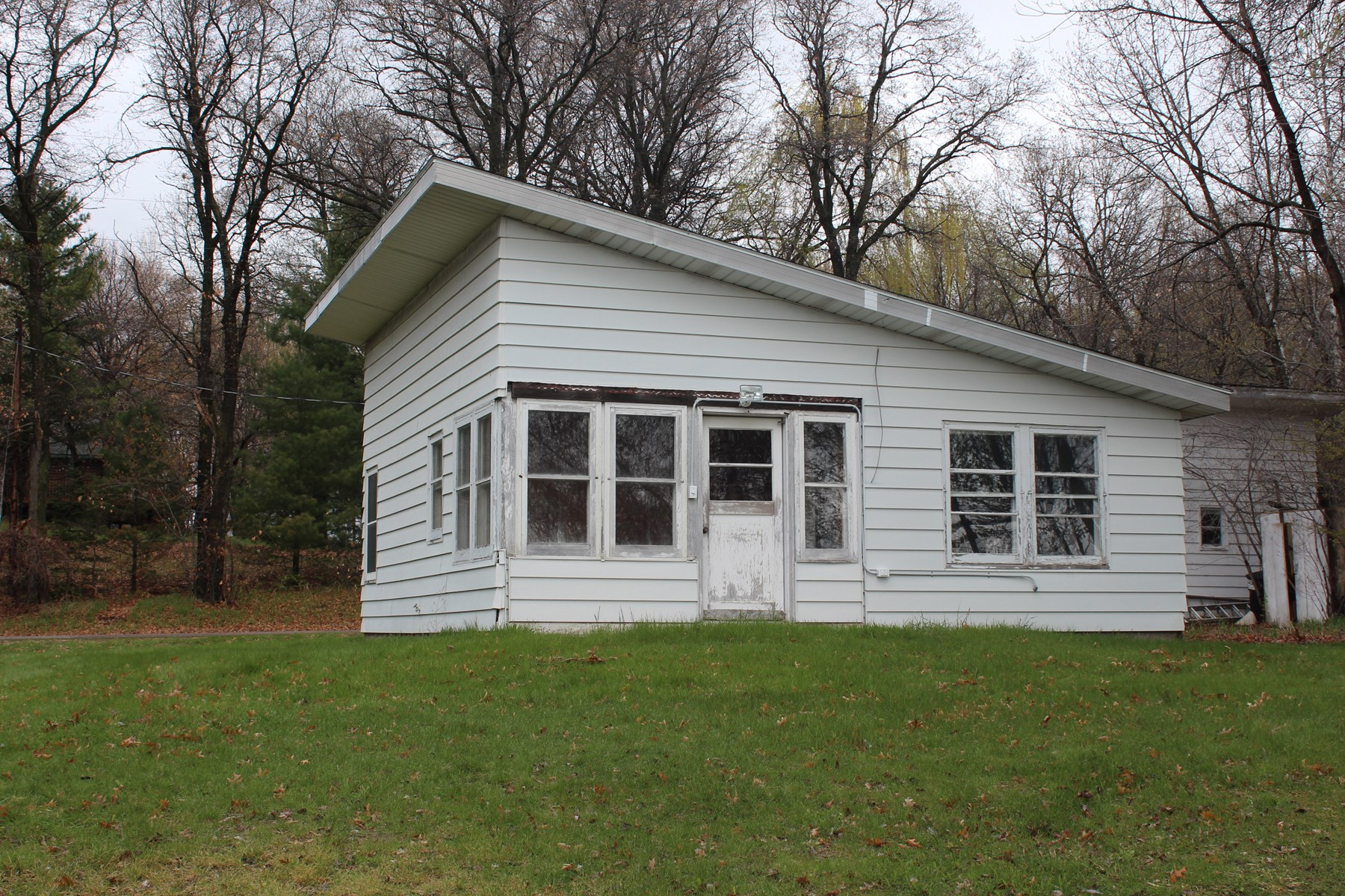 Sherburne County Year Round Cabin For Sale