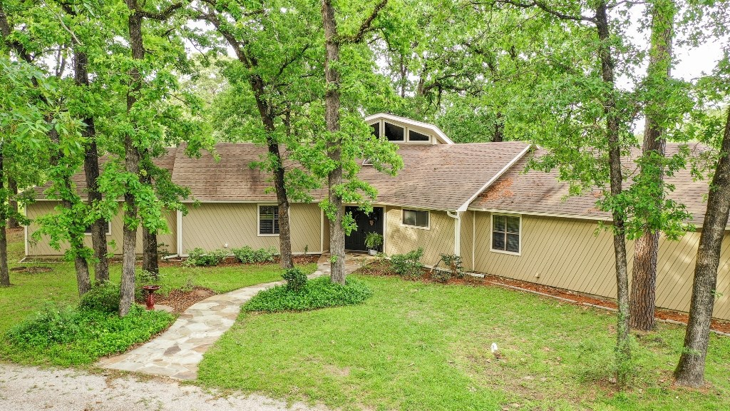 HOME  WITH LAND FOR SALE NEAR SLOCUM TEXAS SCHOOLS