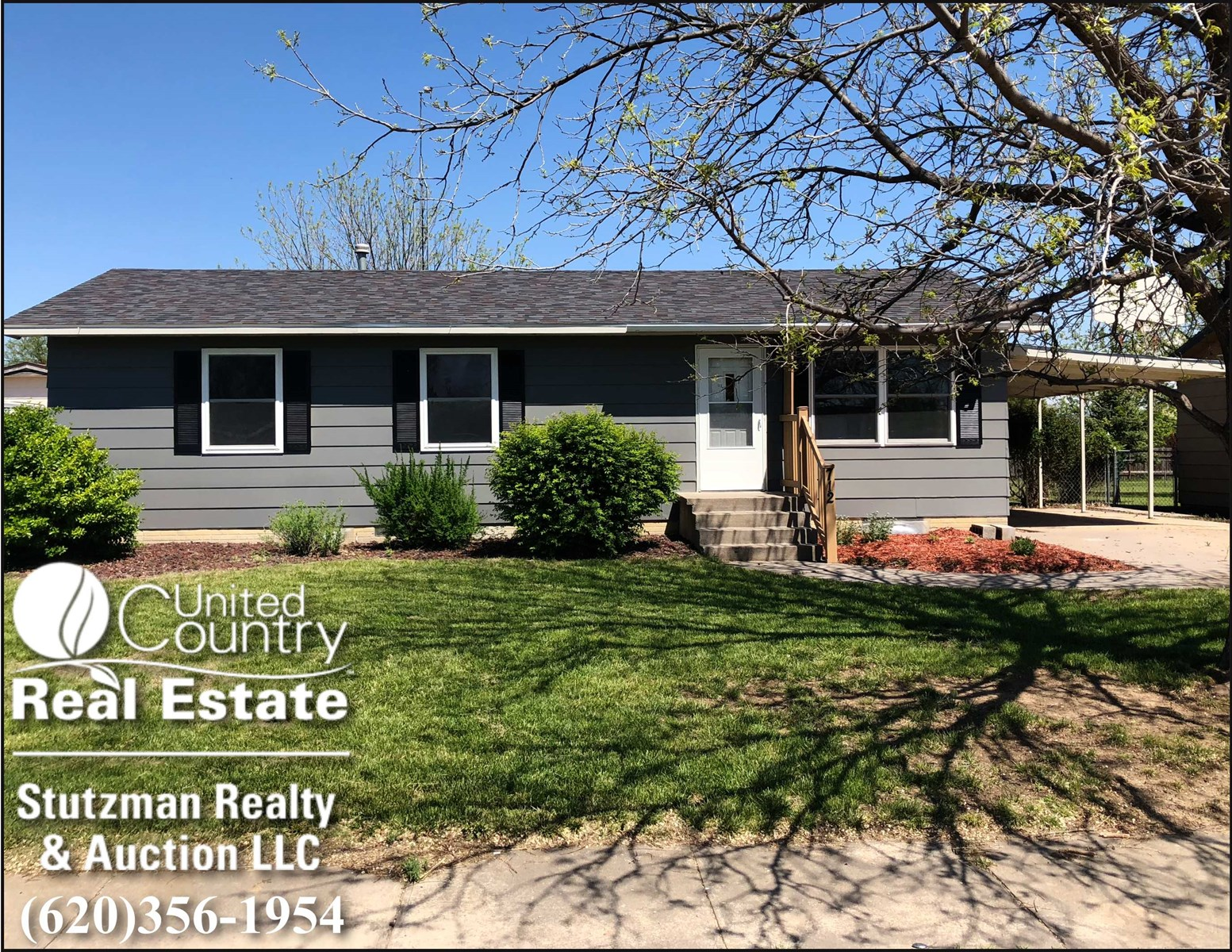 FOUR BEDROOM HOME FOR SALE WITH FULL BASEMENT IN ULYSSES, KS