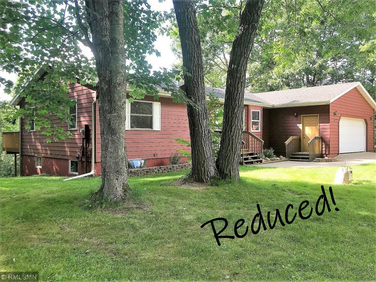 Country Home For Sale with Acreage and River Frontage, MN