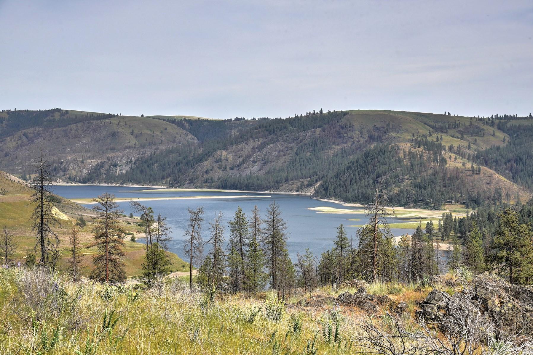 Hunting Property overlooking Lake Roosevelt, WA