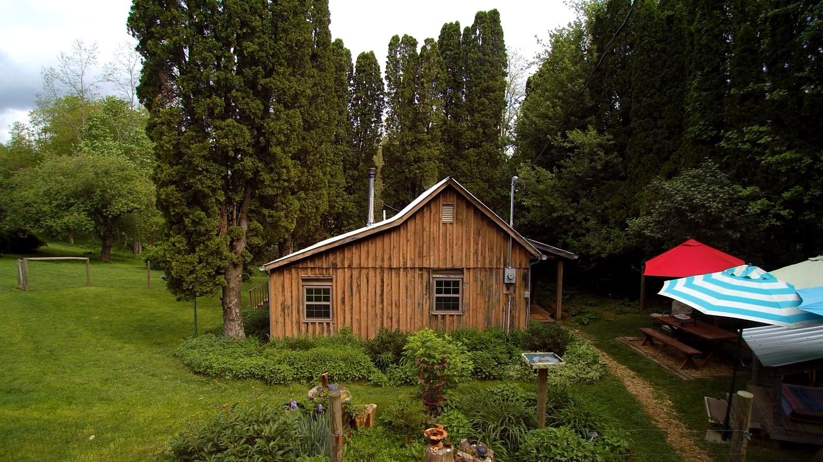 Blue Ridge Mountain Mini Farm.