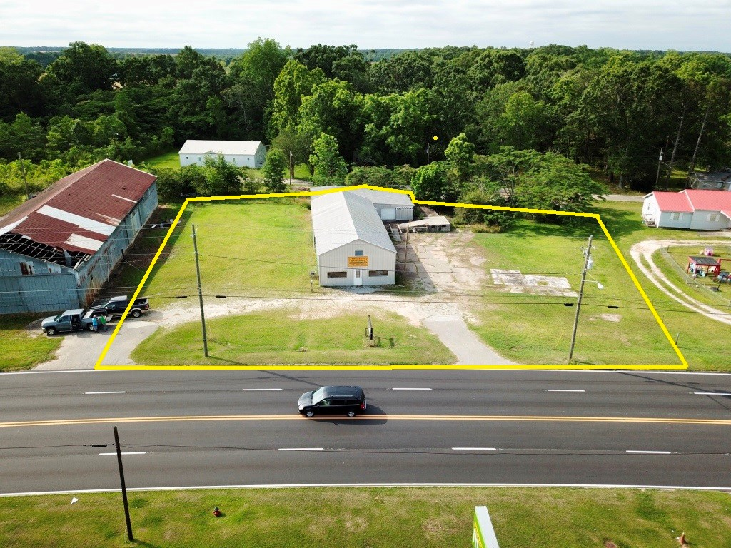 COMMERCIAL BUILDING 4464 SQ FT FOR SALE SLOCOMB, AL HWY 52