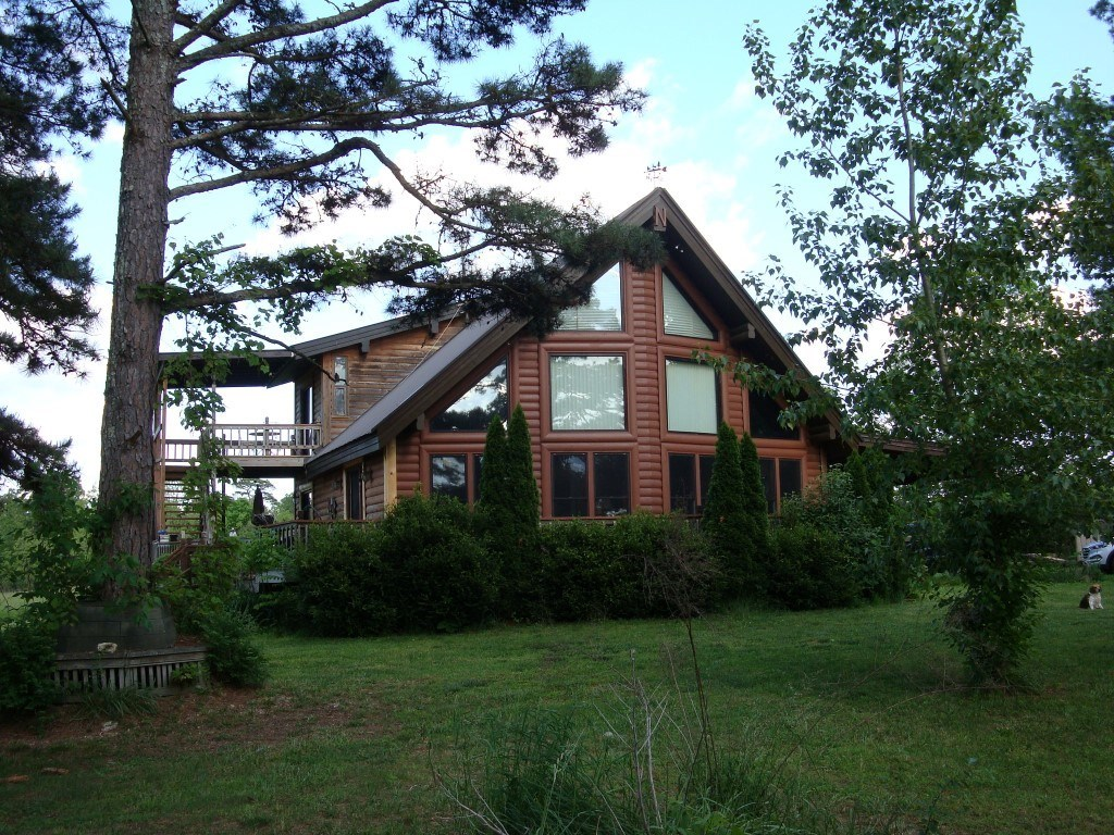 Country Home with Acreage in Shannon County, Missouri