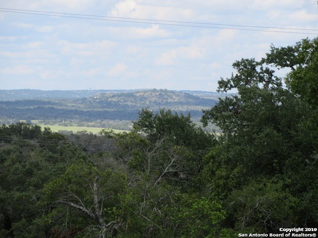 5.36 Acres Hill Country Views Comfort ISD Comfort, TX Land