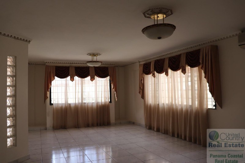PANAMA REAL STATE HOUSE FOR SALE VILLA LUCRE