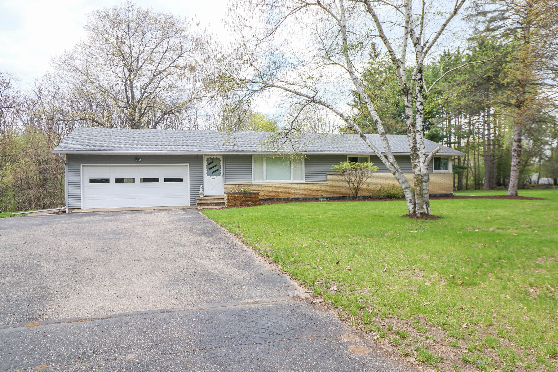 Home for Sale in Waupaca WI