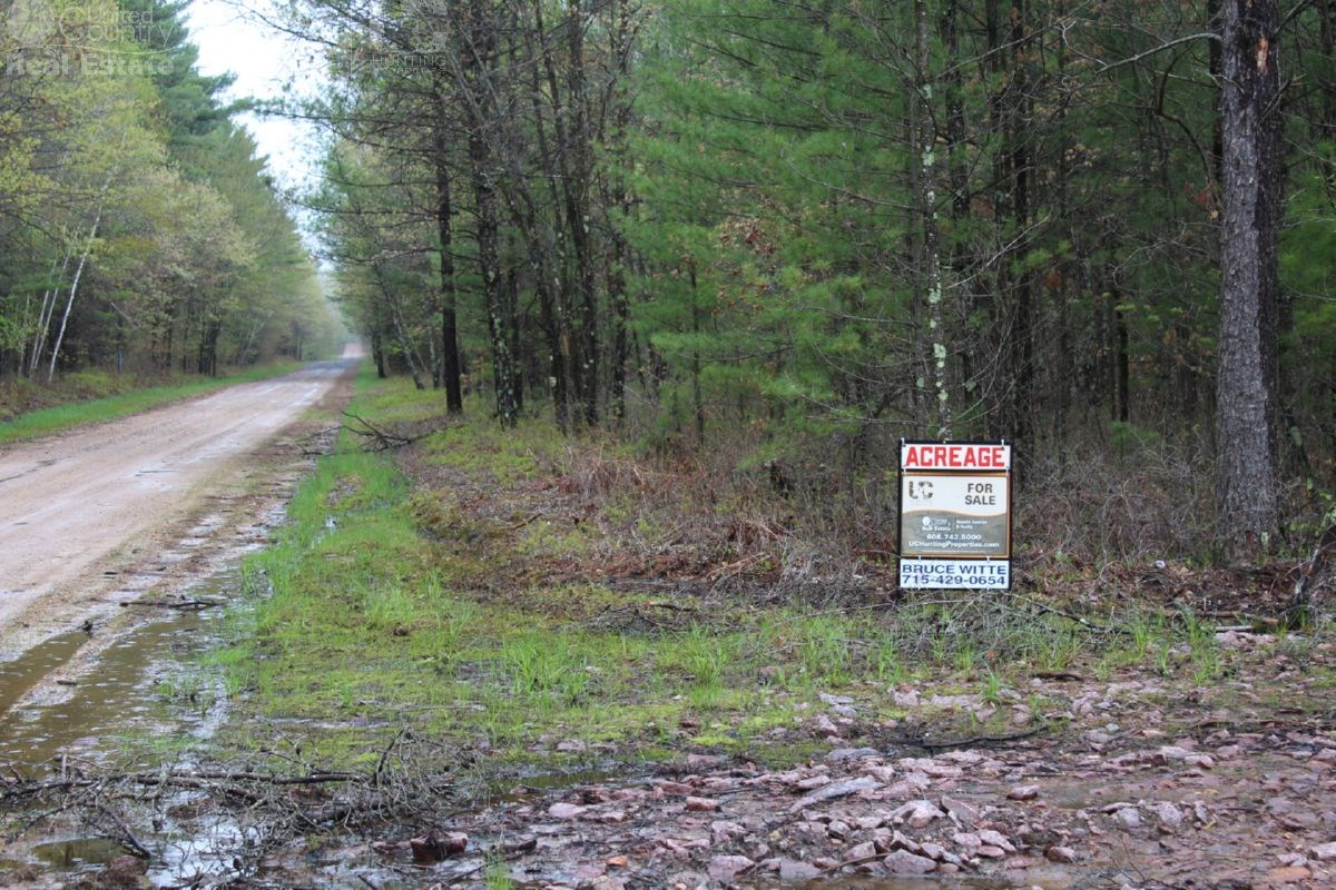 Smaller Parcel with Abundant Deer & Turkey in Jackson County