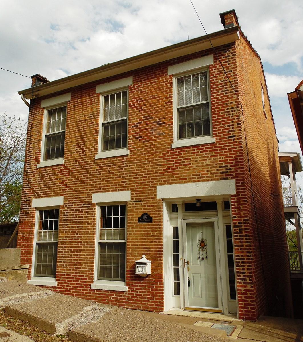 Historic Brick Home in Galena, IL for sale