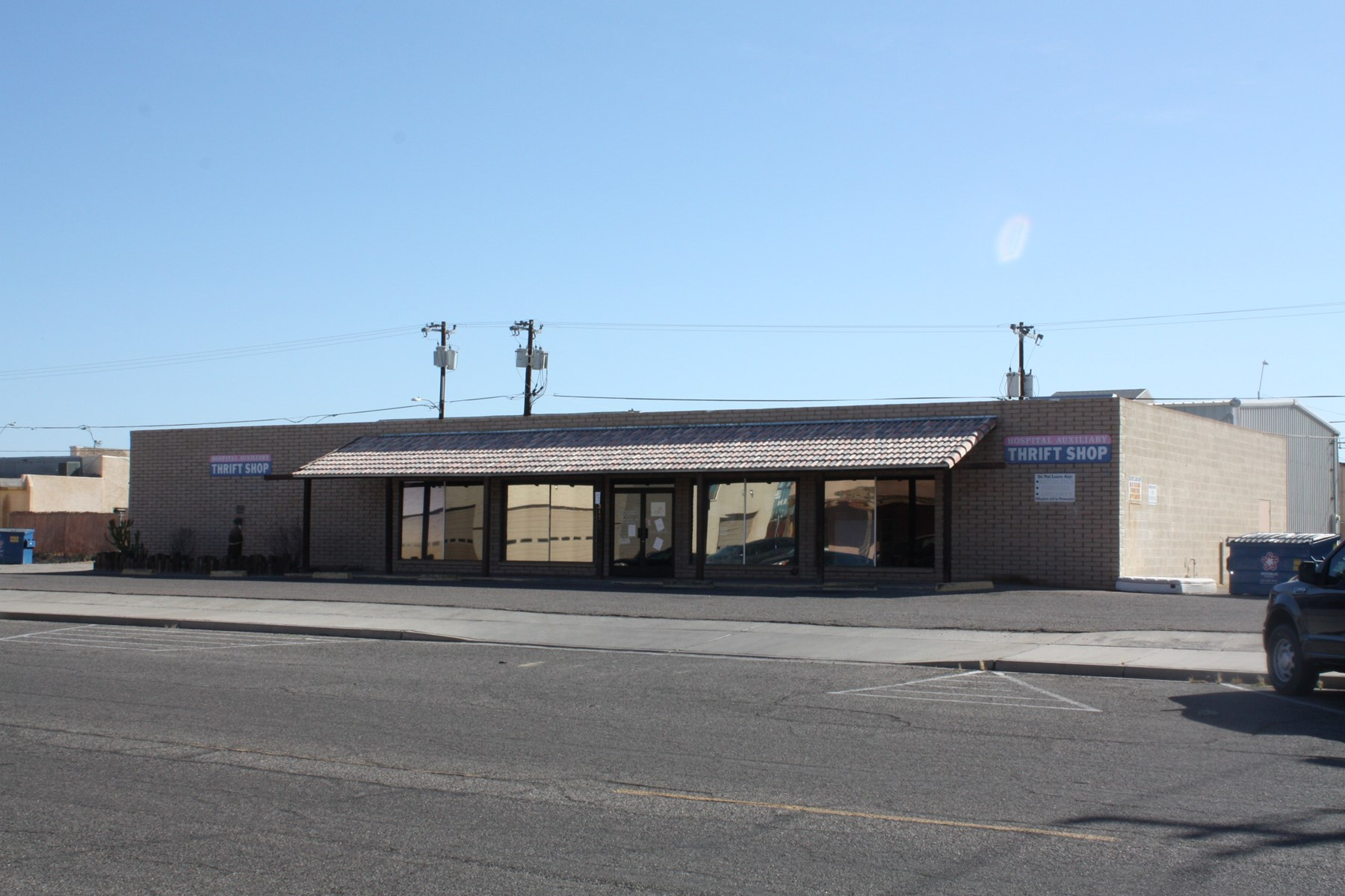 Parker, AZ Retail Commercial Building - Great Potential