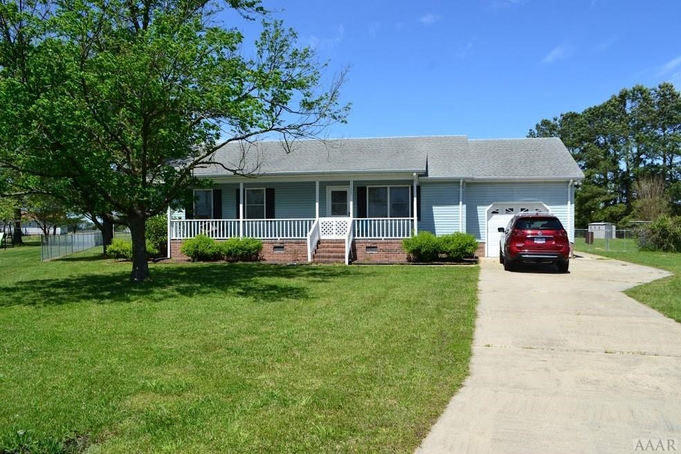 New Family Home with 3 bedroom and 2 baths