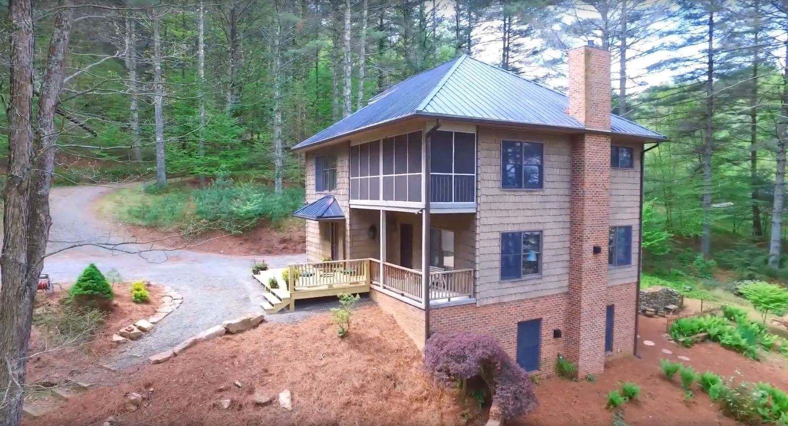 Lakefront Home for Sale in Alleghany County NC