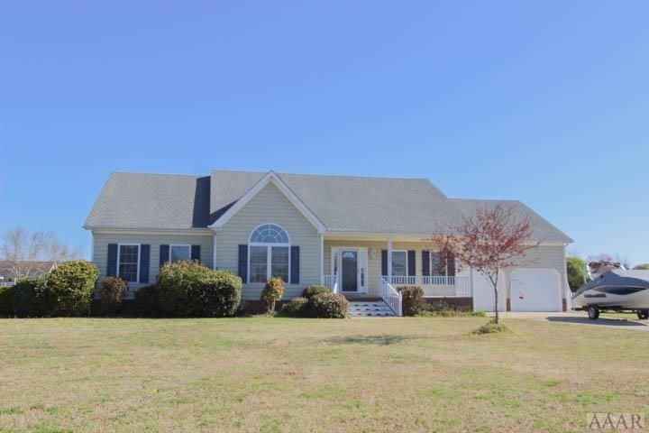 Waterfront Community Property With 3 Beds/2 Bath