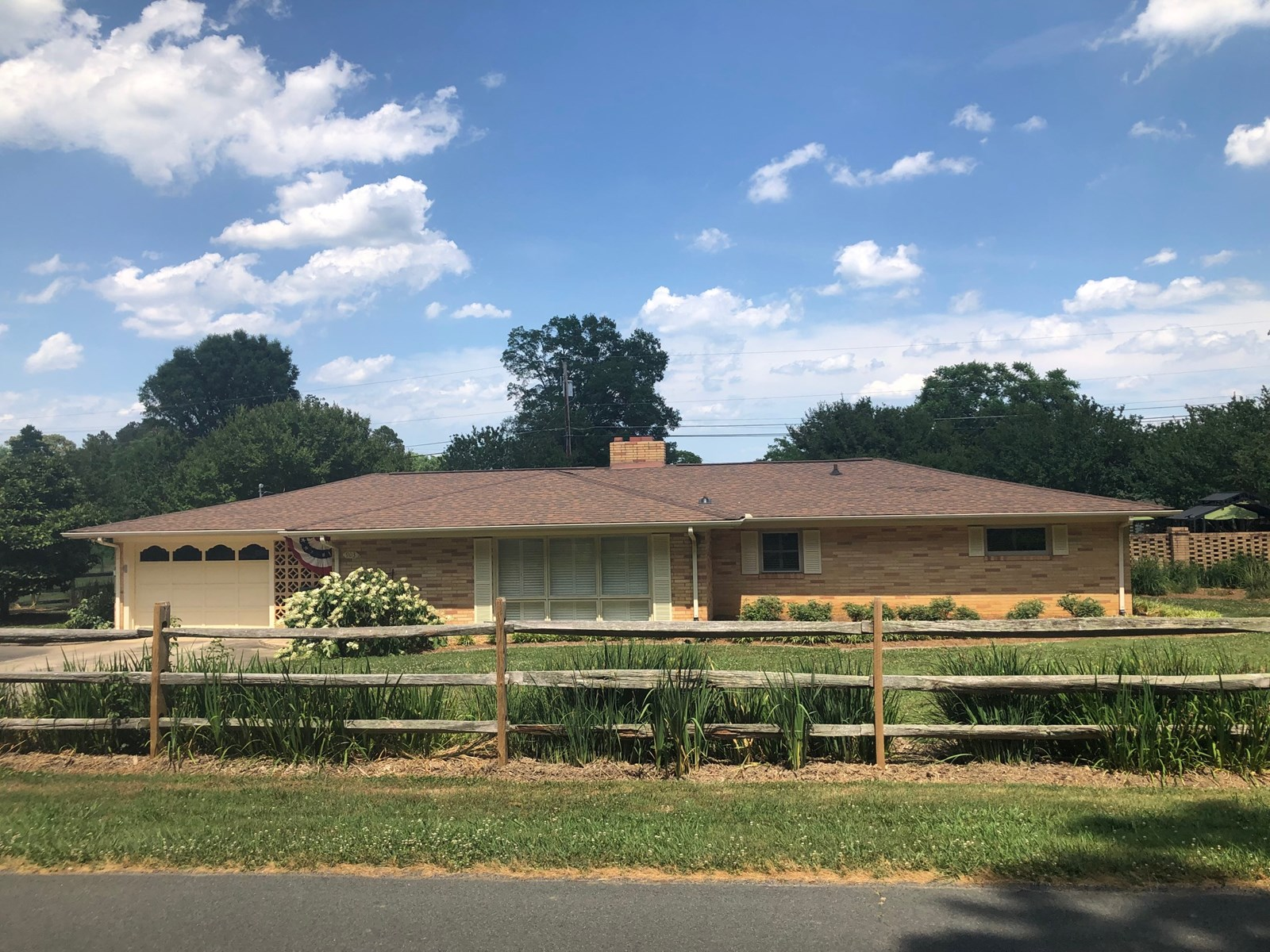 Beautiful Country Home For Sale in Albemarle NC