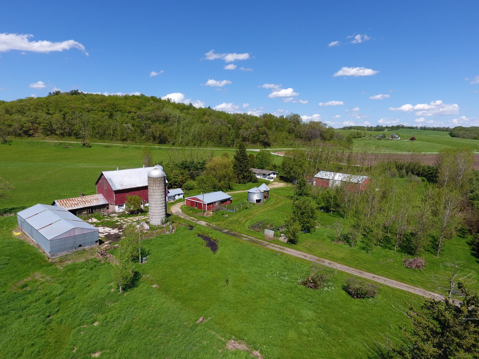 Country Home/Hobby Farm For Sale in SW Wisconsin