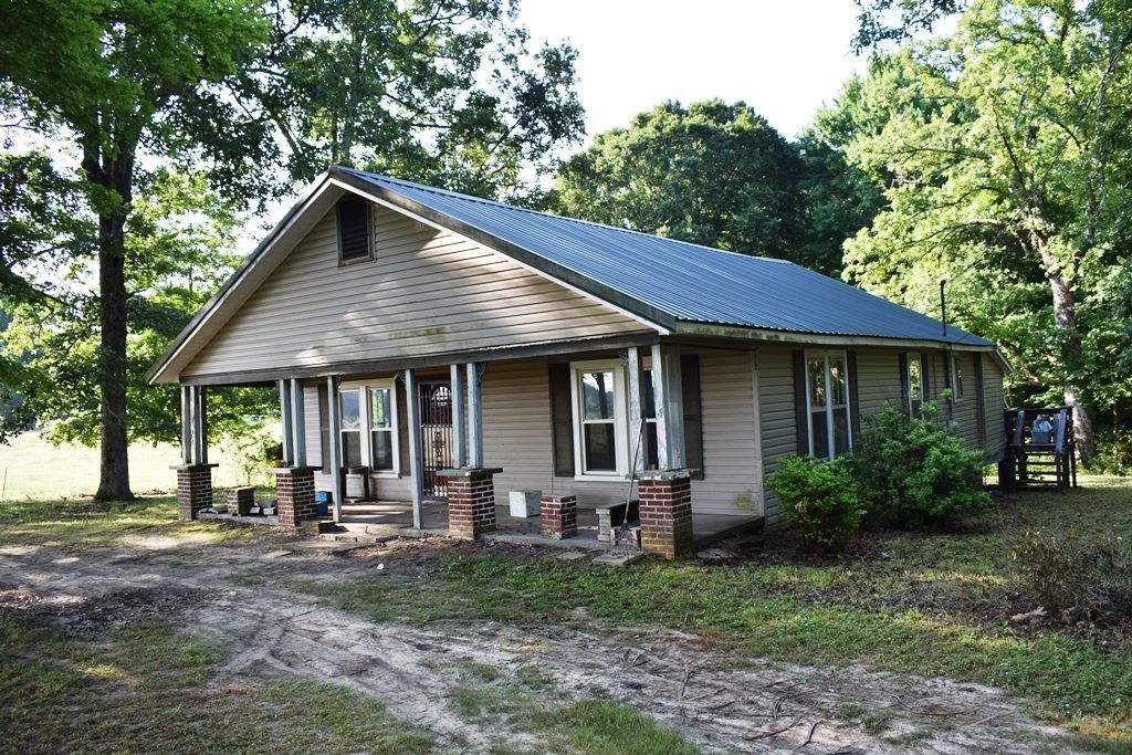 Handy Man Special For Sale - Low Taxes - 1.7 ACRES - West TN