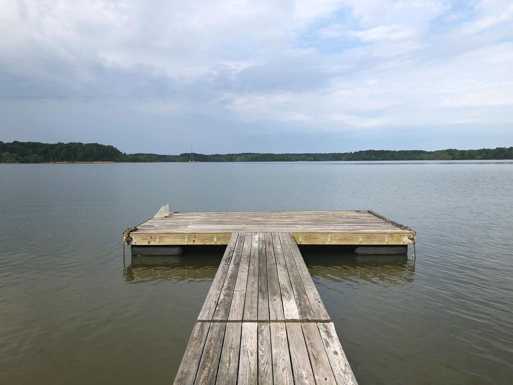 Lake Value At It's Finest On Buggs Island Lake, VA