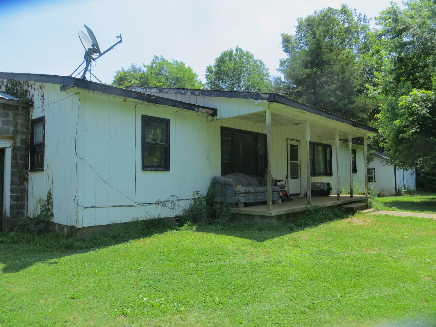 Country Home for Sale in Northern Arkansas