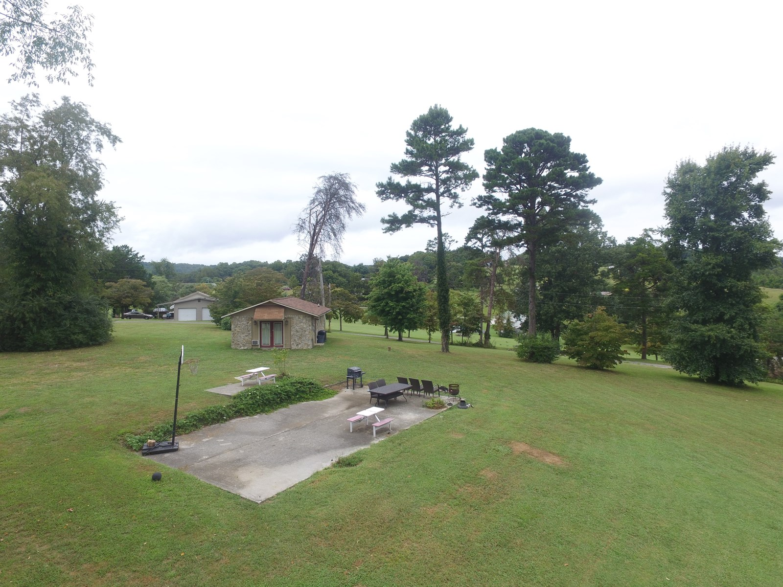 Cherokee Lakefront House and Acreage |Bean Station Tennessee