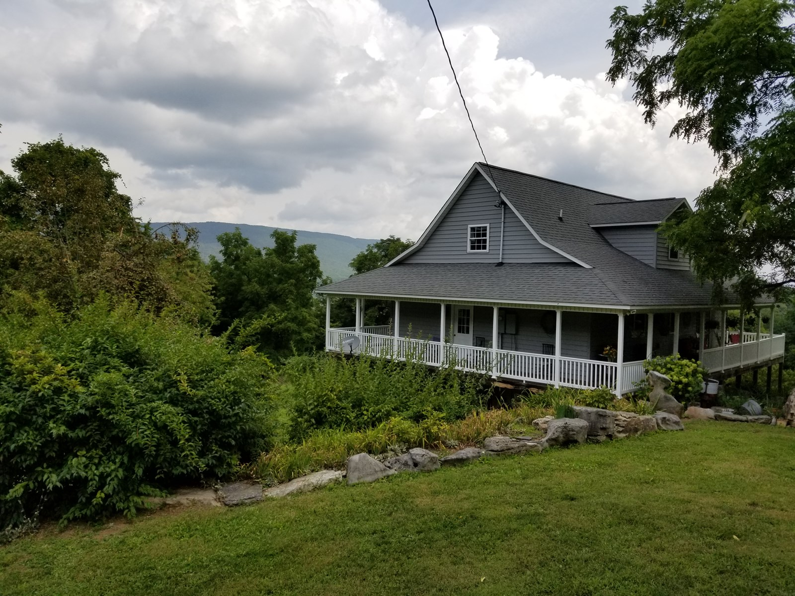 A Mountain Escape in Giles, VA