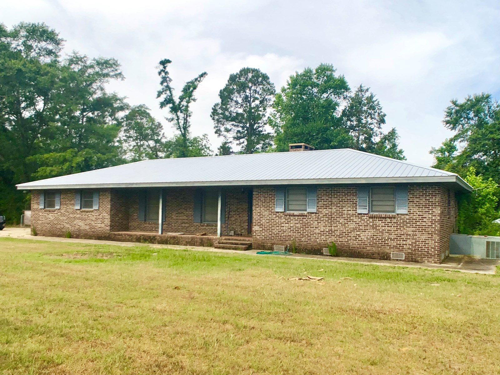 3B/2.5B HOME AND 38 ACRES FOR SALE IN HARTFORD, ALABAMA