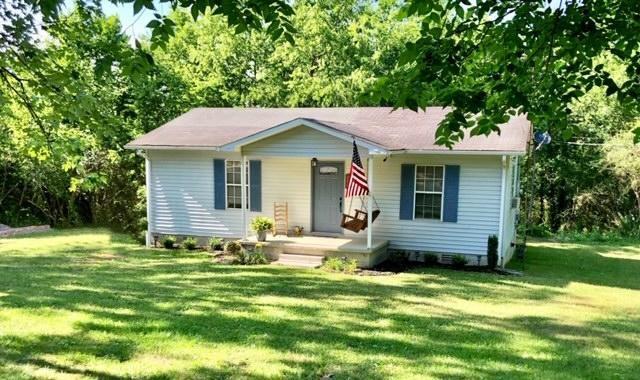 280 N Mill St Dowelltown TN country Home